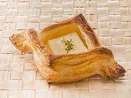 「箱根小涌園 スイーツ&ベーカリー」デニッシュ カスタード&クリームチーズ