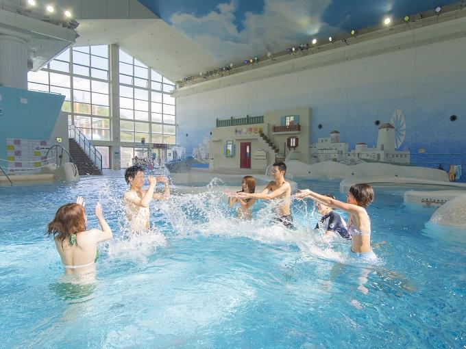水着で遊ぶ温泉「ユネッサン」 神々のエーゲ海