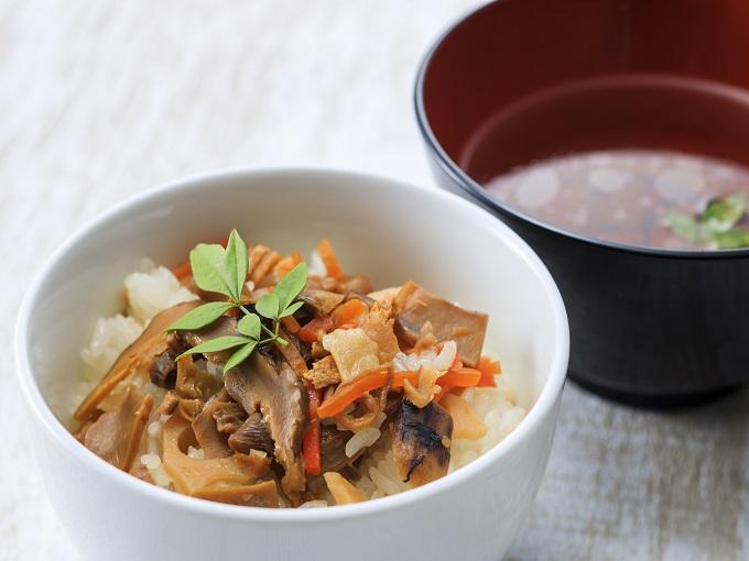 秋イベント|大文字-松茸の炊き込みご飯