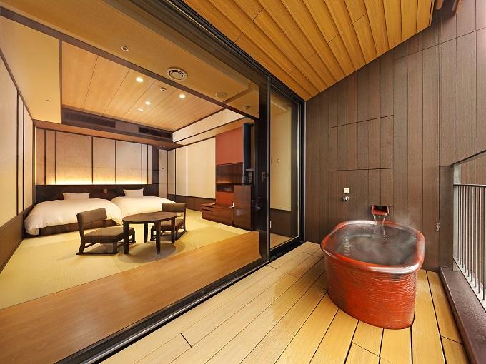 露天風呂付客室に宿泊「Spaっと卒業旅行」