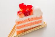 「箱根小涌園 スイーツ&ベーカリー」ばらのショートケーキ