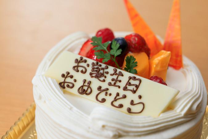 デコレーションケーキケーキもご予約にて承っております